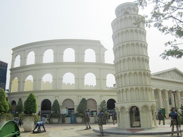 Colloseum&Menara Pisa